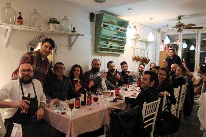 Toplu Şiraz Şarabi Tadımlar