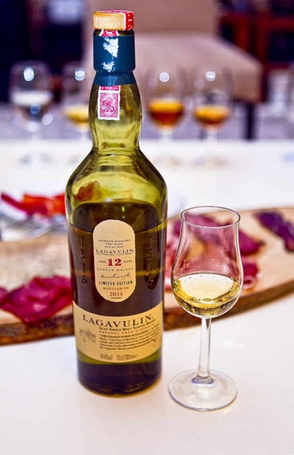 Lagavulin 12 Cask Strength 2014